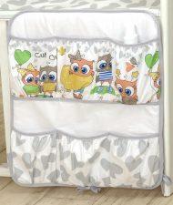 MamaKiddies Baby Bear vrecko sivo biele a farebnými sovičkami