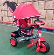 Baby Mix Lux Trike trojkolka s rukoväťou a opierkou na nohy v červenej farbe  (s hracím ovládacím panelom a svetlami)